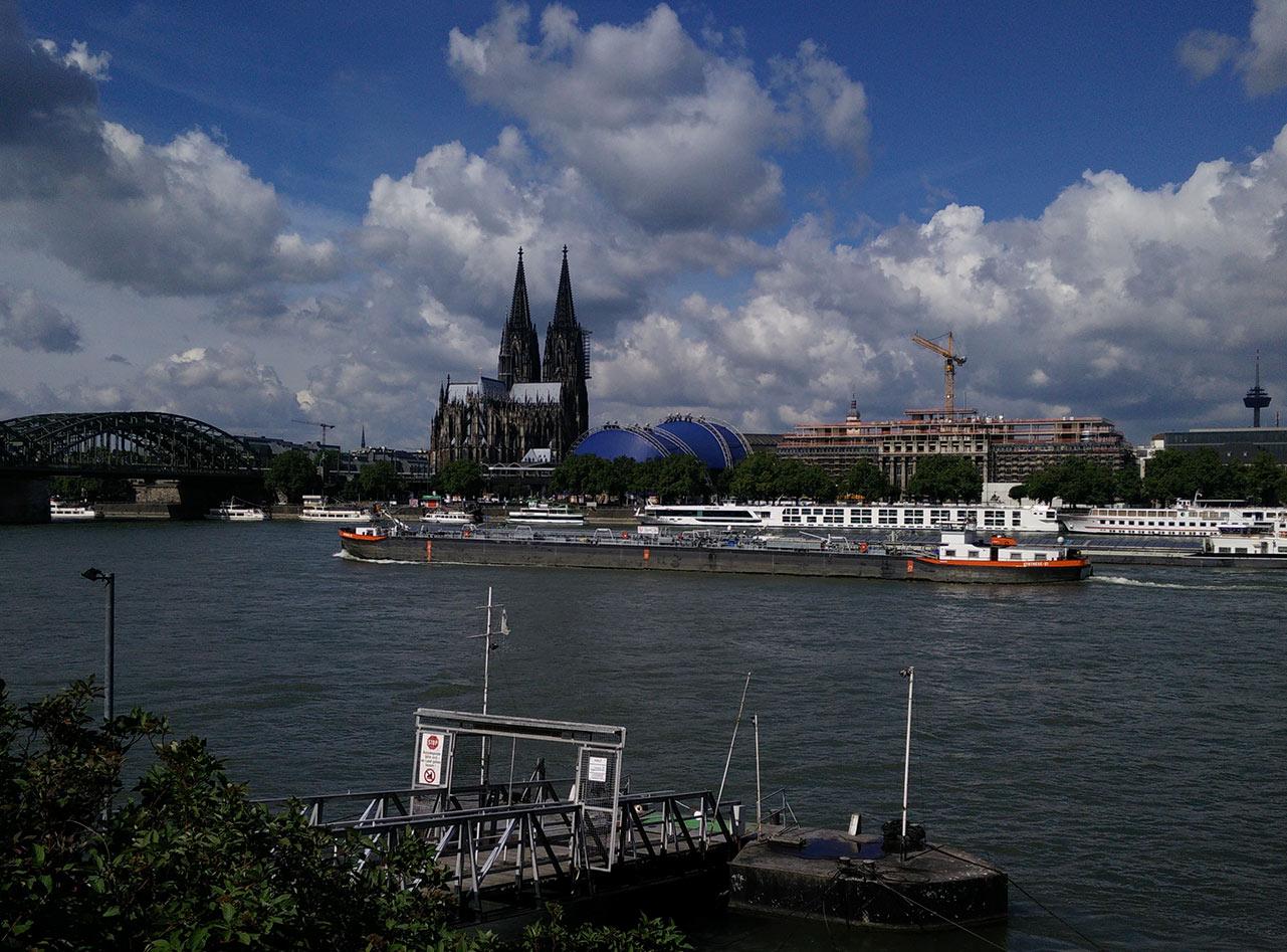 Ausblick von den Rheinterrassen